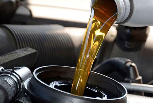Моторное масло для вашего авто