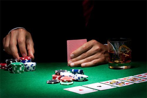 Покер: история и правила игры