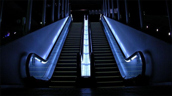 Монтаж эскалатора