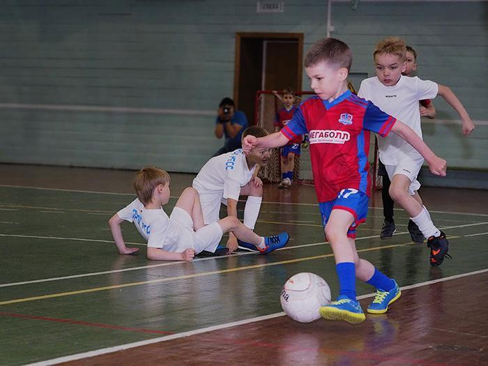 Почему ребёнку стоит заниматься футболом