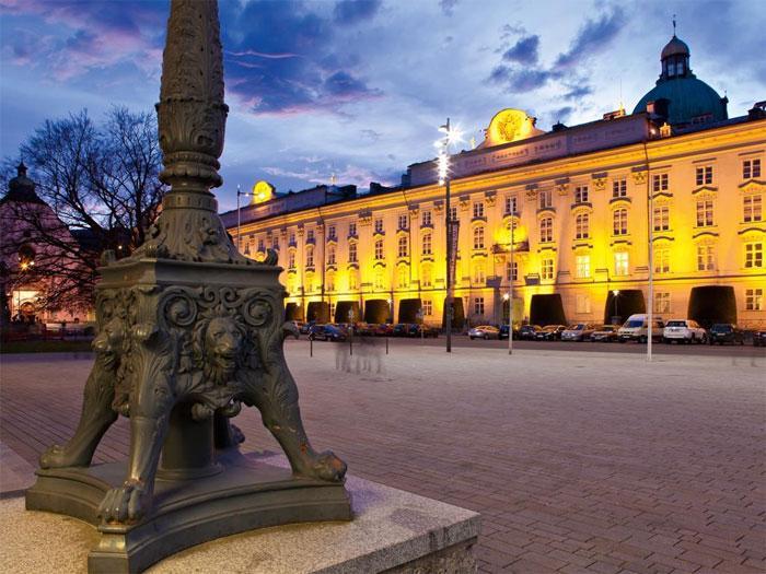 Как правильно оформить гостиничные чеки при командировке Санкт-Петербург?