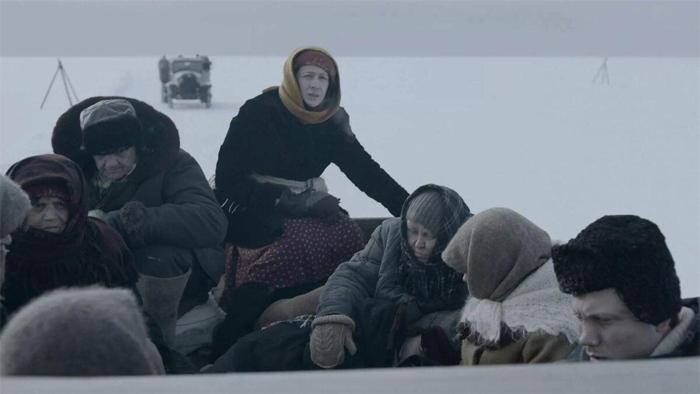 Перевозки людей через Ладогу