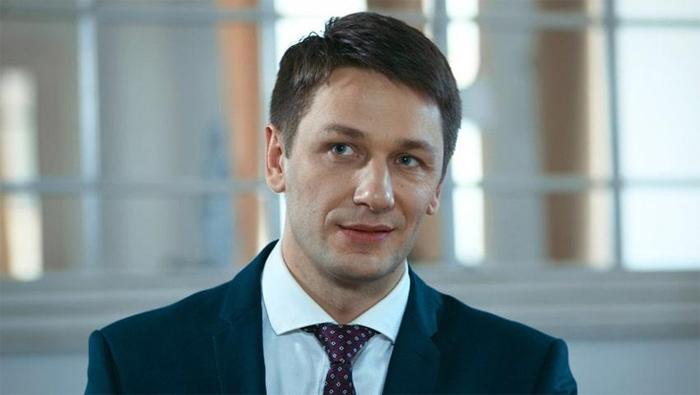 Александр Константинов в роли Игоря Пронина