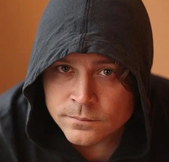 Алексей Ильин в роли Трояна