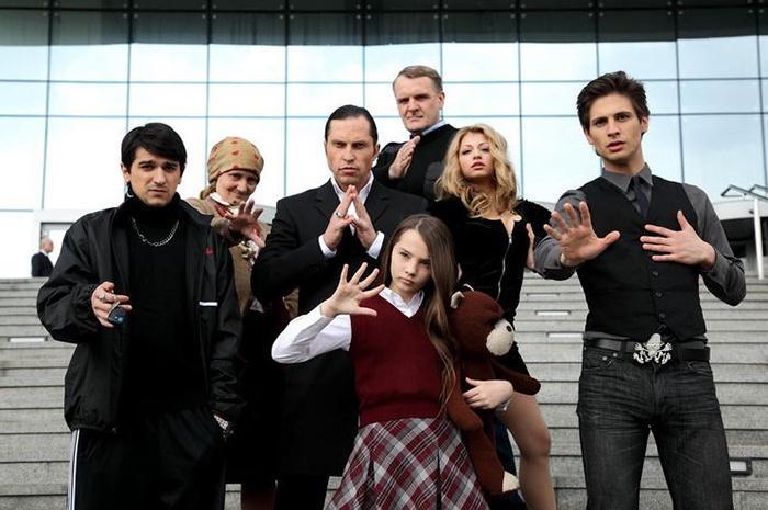 «Люди Хэ» - российское мистико-пародийного шоу на канале СТС